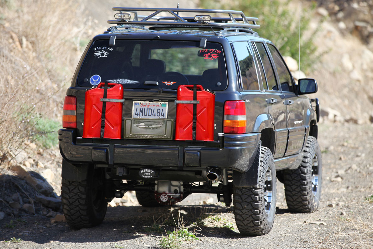 Jeep Style Plastic Gas Cans http://www.jeepforum.com/forum/f59/expedition-overland-styled-jeeps-1251268/index4.html