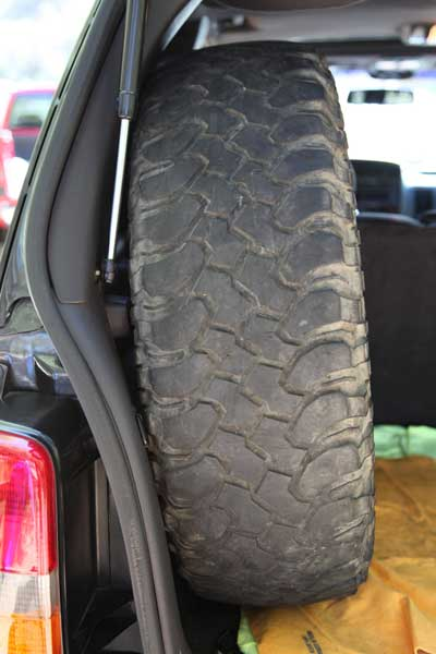 Mounted A Large Spare Tire In My Jeep Jeepforum Com