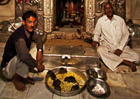 Karni Mata, Rat Temple